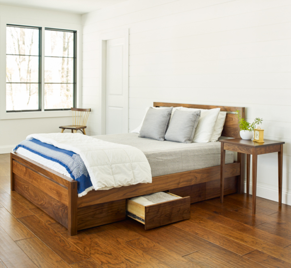 Studio Bed in Walnut