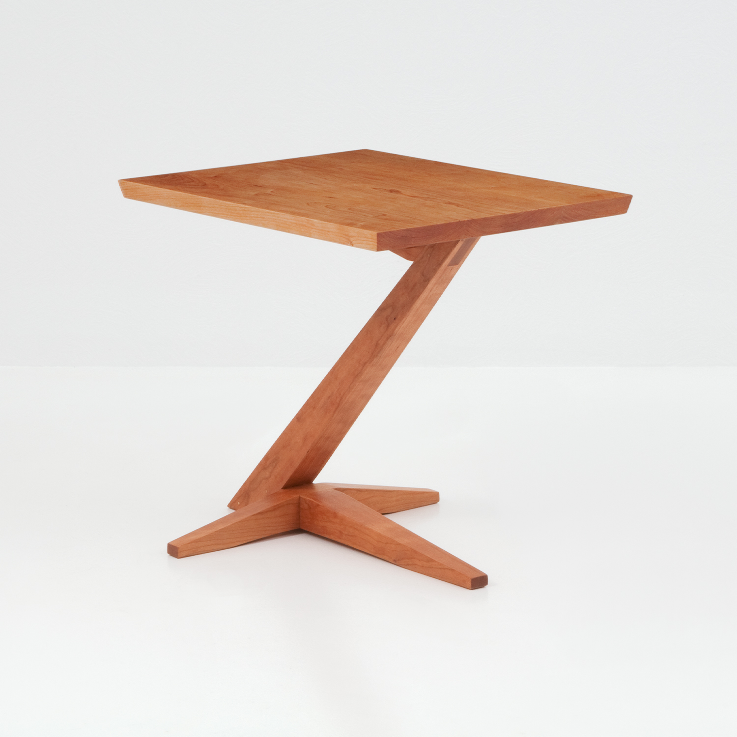 Edo Cantilever Side Table