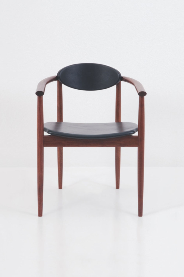 Ellipse Arm Chair