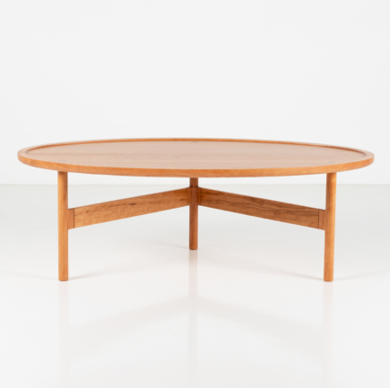 Hartford Coffee Table in Cherry