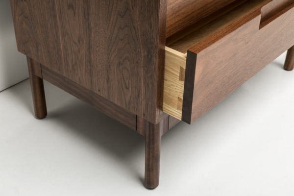 Hartford Dresser - Vertical