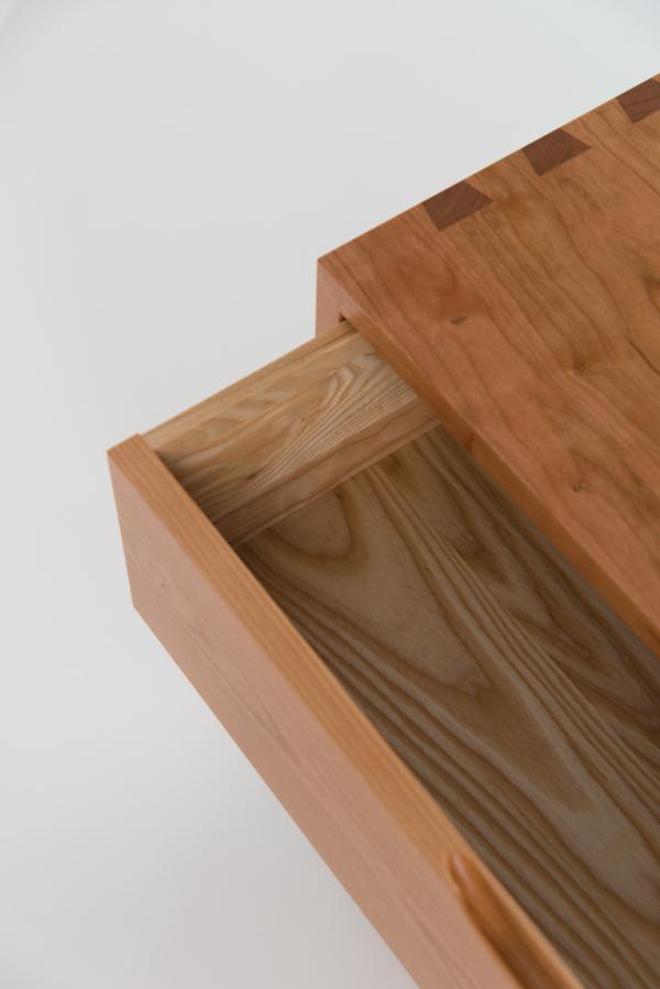 Vita Dresser - Nine Drawer