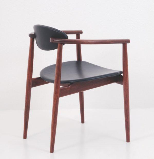 Ellipse Arm Chair