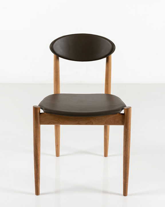 Ellipse Side Chair in Cherry
