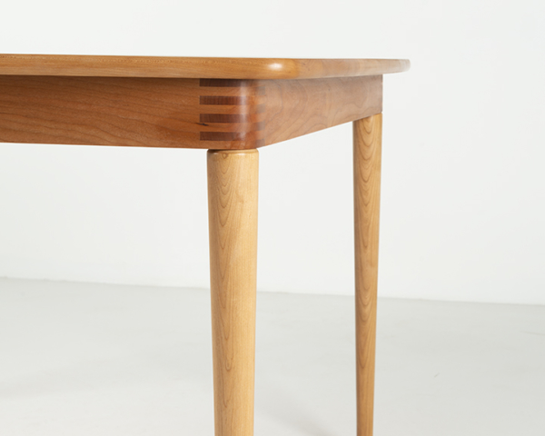 Cumberland Dining Table in Cherry