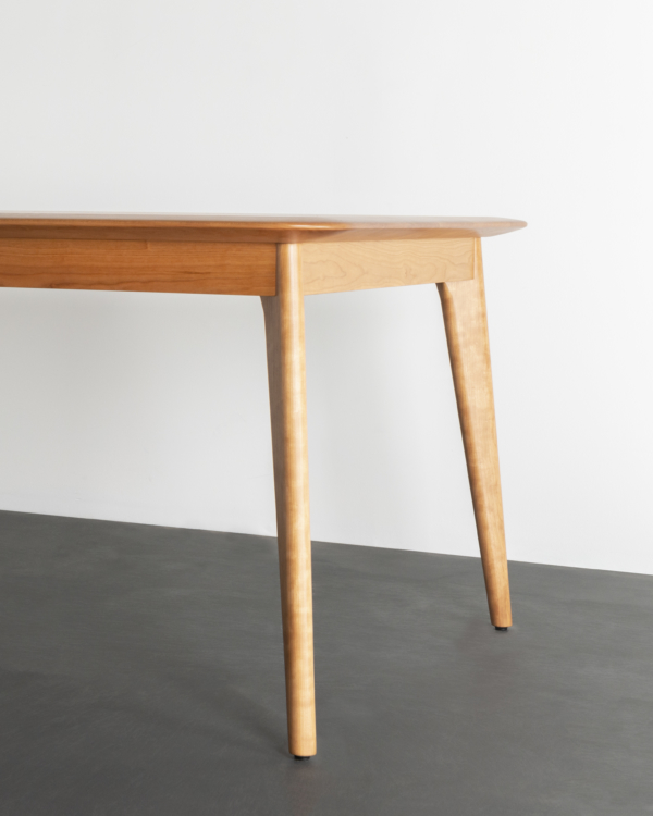 Unity Table in Cherry