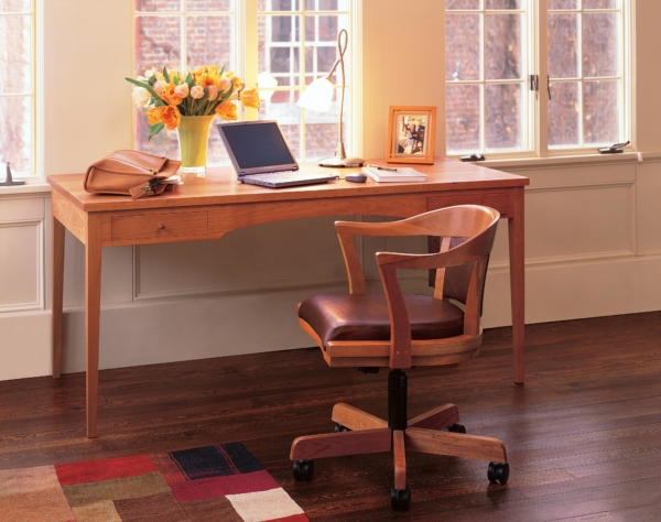 Four Leg Writing Desk