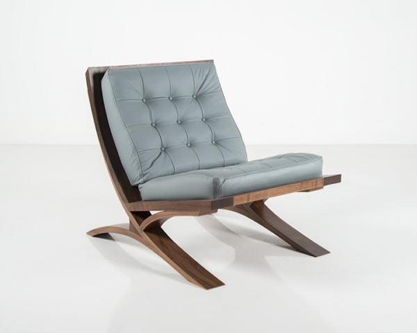 Vita Chair in Walnut