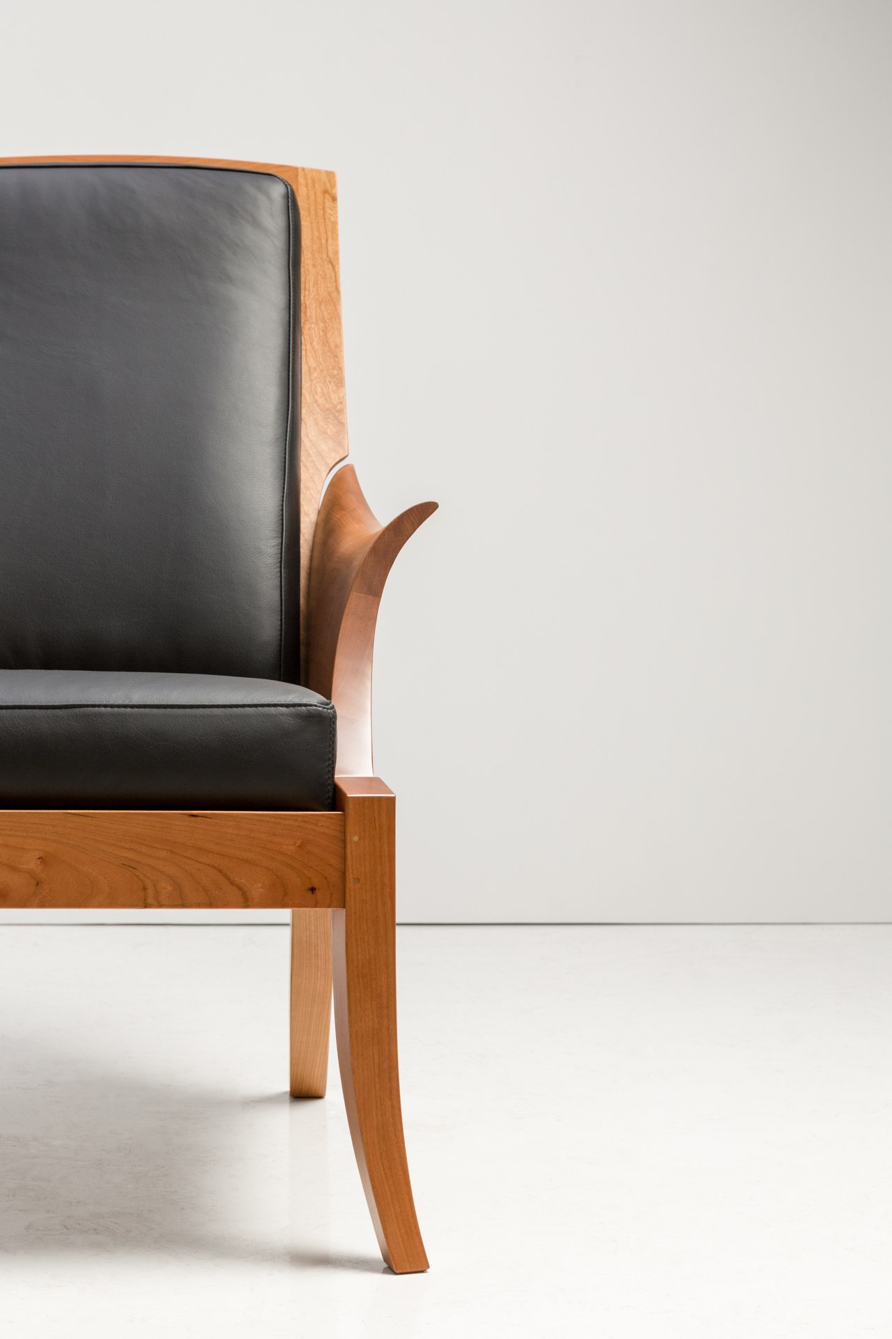 wing chair thos moser