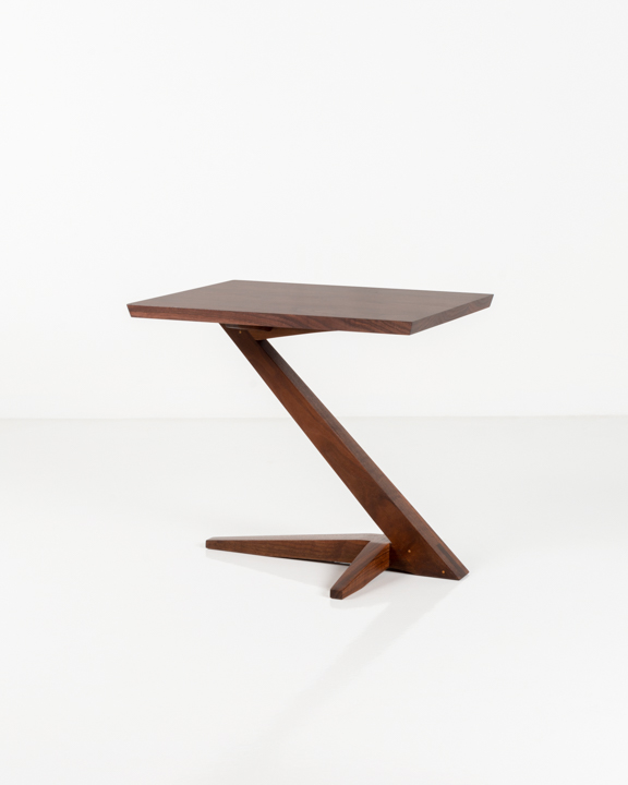 Edo Cantilever Side Table in Walnut