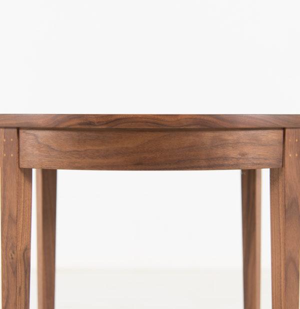 Table Minimus - Oval