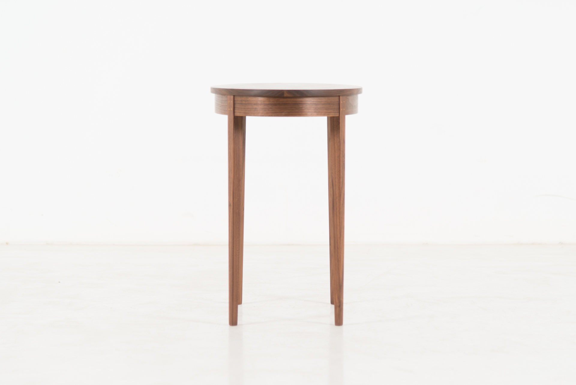 Table Minimus U2013 Oval