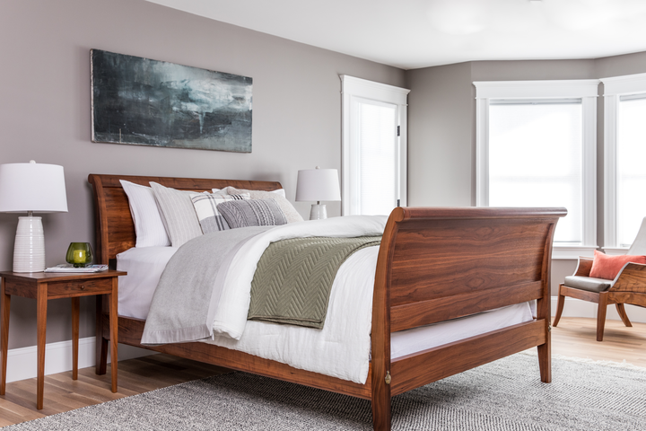 Sleigh Bed - Curved Footboard