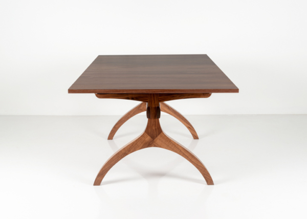 Wishbone Extension Table in Walnut
