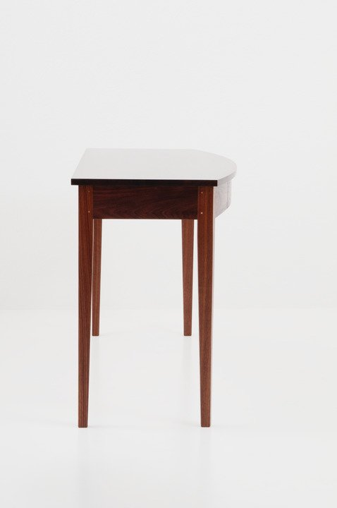 Bowfront Glove Table