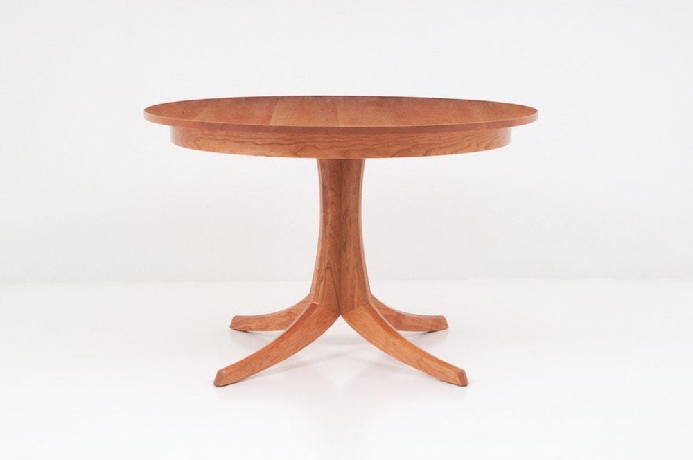 Georgetown Table   Single Pedestal
