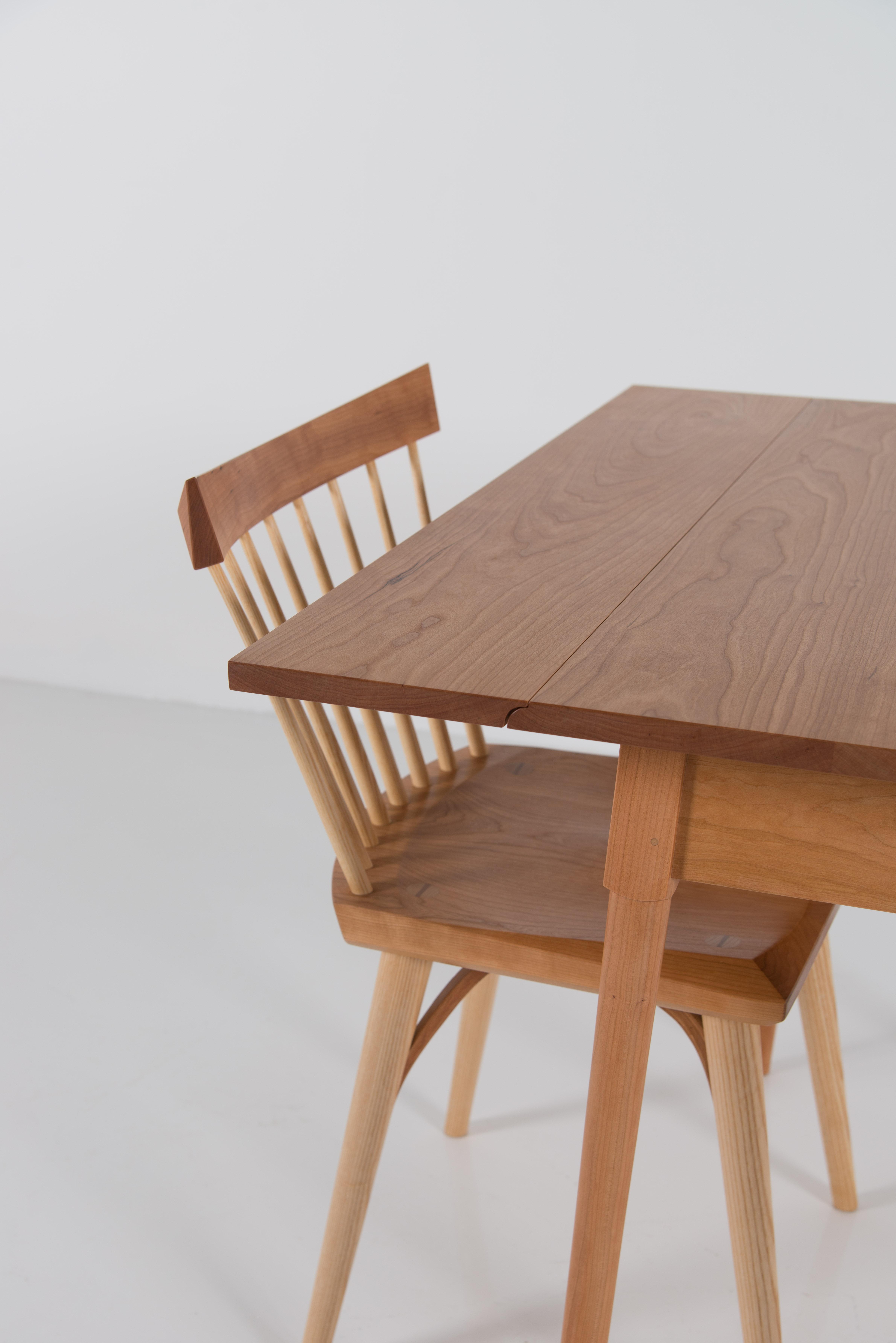 Splay Leg Drop Leaf Table
