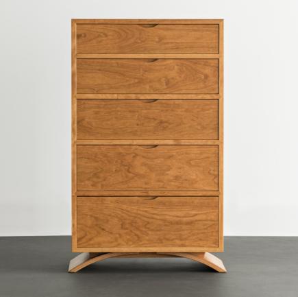 Vita Five Drawer Dresser in Cherry